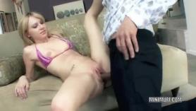 Adolecee joven follando con su mama sexmex