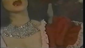 Leyes en la corte durante un período de lujo en el centro de moda de Moore