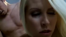Videos pornos  cojiendo con hermana la viola la hace llorar