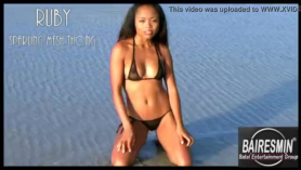 Cristiana beach desnuda