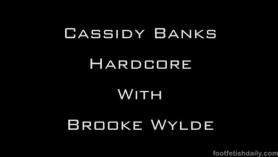 Cassidy Banks: Lío cachondo muy bien follado y lamiendo.