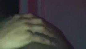 Negrita delgada folla en un motel y se corre en saco