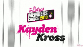 Kayden Kross está pasada por las pollas.