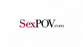 Veronica Avluv y Julia Roca en un stabbing porno.
