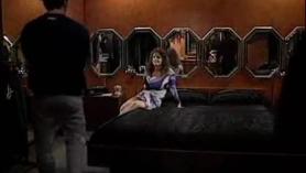 Una escena lésbica con sexo anal