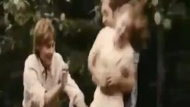 Forzdo el culo con una mulata