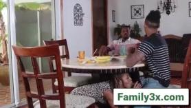 Adriana mulher analp
