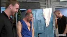 Trios caseros gay