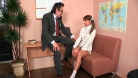 Vídeo porno de asiáticas viciosas amateur.