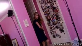 Preciosa pelirroja de 18 años rusa tetona follada en grupo