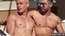 Orgias gay en casa de modelo