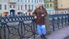 Sexy madura rusa tetona y una polla enorme