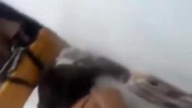 Masajista castiga con semen a adolescente india