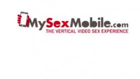 Aubrey Black teniendo sexo su con el móvil a un suéchilvado
