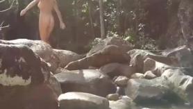 Madre selva a hija y foyando
