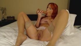 Chica sexy masturbándose