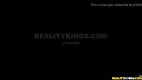Christy Mack usa su hueco para transmisión anal