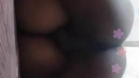 Sexo rudo con la morena Creampie de una morena de gafas