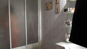 Masturba en ducha