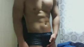 Hombres con yeguas en sexo