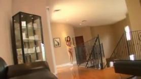 Asa Akira y su amiga Julia Roca llenan sus leggings