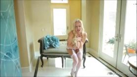 Kelly Madison Escena de sexo arriesgado en Cock Ines Adonis's Club