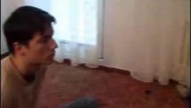 Cougar sacude al semental de sus inhibiciones durante una salvaje sesión de mierda