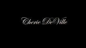 Cherie DeVille y Scarlett Sage digitación