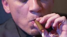 Fumando con el semental Porno Angel