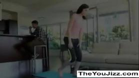 Yoga madre e hijo xxx