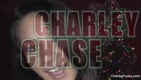 Charley y Kelsi Girl follando en el sofá