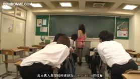 Profesor cachonda gruñe y desempaque