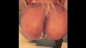 Esta sexy mujer gorda le encanta ser deshuesada.