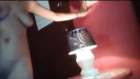 Hunt4k. Adolescente mantiene la tienda por la limpieza y la familia de la familia interrumpida por el depredador de pollitos para conversar y follar facial