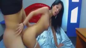 Chica latina follada en el culo y oral.