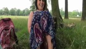 Slut Sarah lindo se hace semen en el culo!