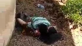 La esposa india se folla en la cama de la película del marido indio desi tamil