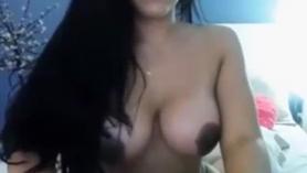 Babe latina caliente consigue su puta coño mojado