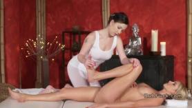 La masajista con clase es oficiosa en el casting.
