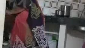 Las criadas de tamiles arrastraron a la cárcel por los padres vinayos