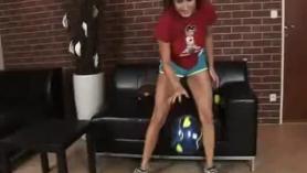 Femaleagent Grande juggs asiático playgirl follada por cliente