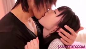 Asiático adolescente hermanastra consolador la masturbación