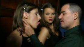 Angelica Sins y Carmen se tocan el coño y los labios