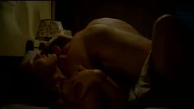 Desi joven pareja disfrutando de un duro sexo lamiendo