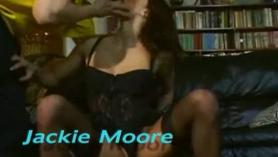 Jackie Blair en por favor dick me