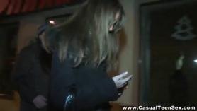 Las pistas de seguridad Rocky Gonzales y Veronica Reid en acción.