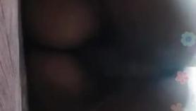 Trío sexo con ébano caliente ofreciendo una penetración doble salvaje BJ Anal Creampie adolescente adolescente rubia spinner con magníficas tetas naturales
