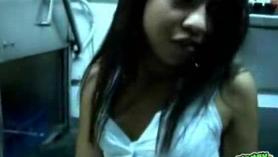 20YO Latina Teen Angel requiere que 69 se vuelvan maduros
