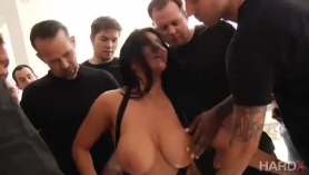 Malika Sen Muy Real Sexy Chekeras