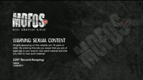 Kylee Kay se vuelve freaky en un porno anal suave y firme